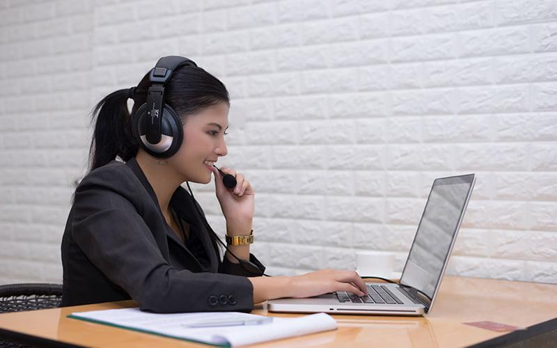چگونه با پرده کروماکی تدریس آنلاین موفقی داشته باشیم؟