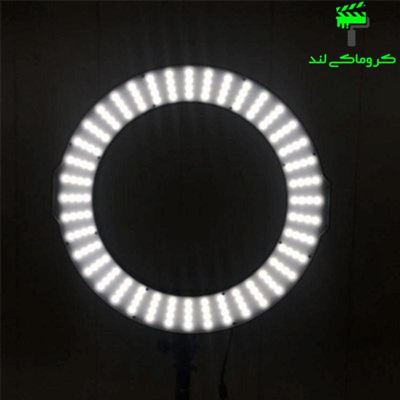 رینگ لایت مدل MAXLIGHT LED RL-320A در حالت روشن