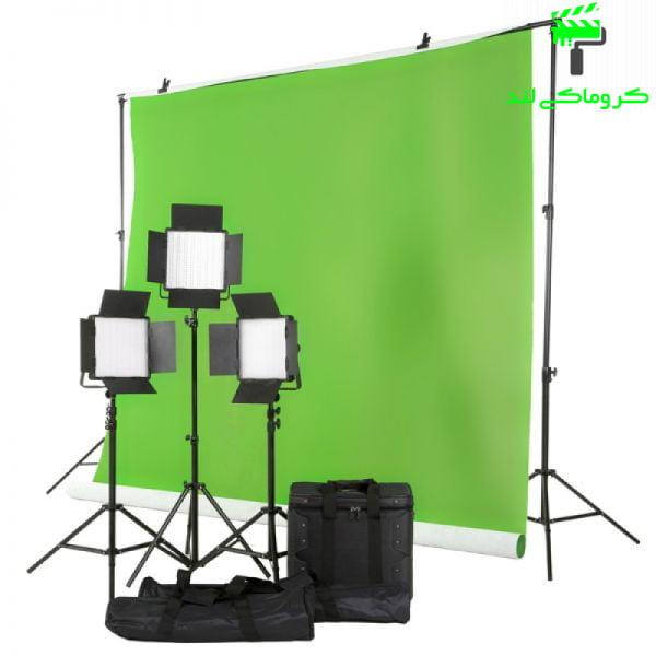 تصویر سه سافت باکس بر روی پرده سبز